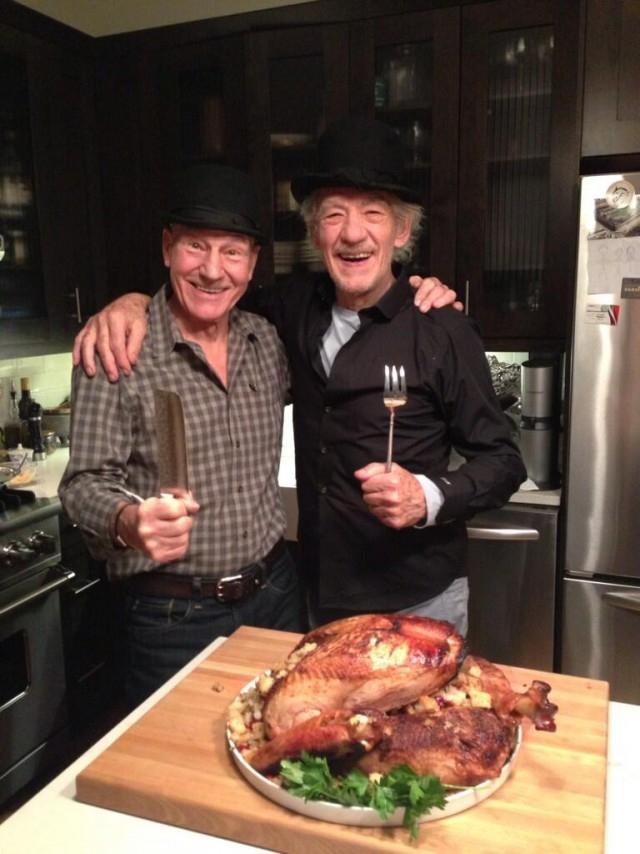 Патрик Стюарт и Иэн Маккеллен на День благодарения