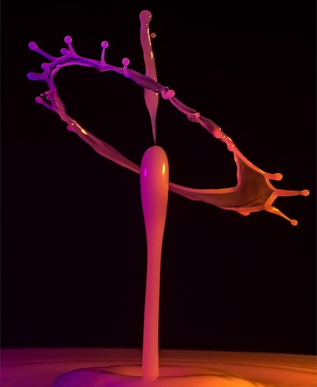 Потрясающие жидкие скульптуры - новый тренд сети