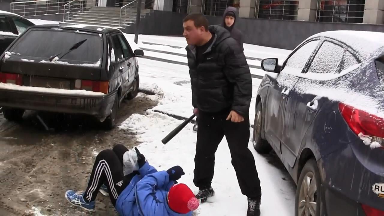 """В Рязани избили активистов """"СтопХам"""""""