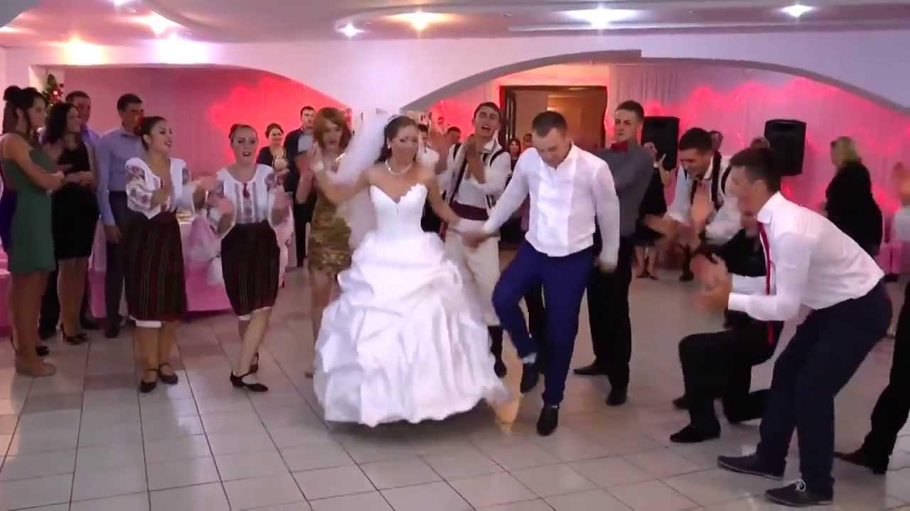 Молдавская свадьба...смотрите не пожалеете..!!