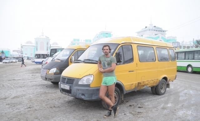 Бесплатно возивший пассажиров маршрутчик из Омска стал фотомоделью