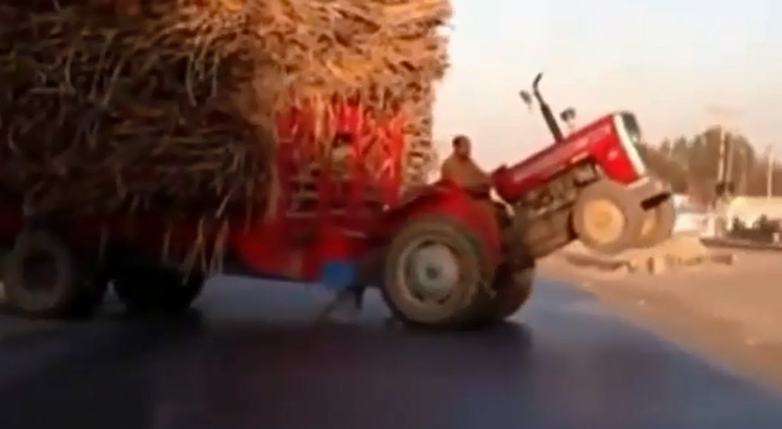 Трактор на дыбах