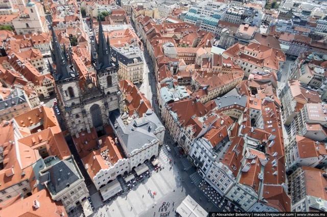 Полеты над утренней Прагой