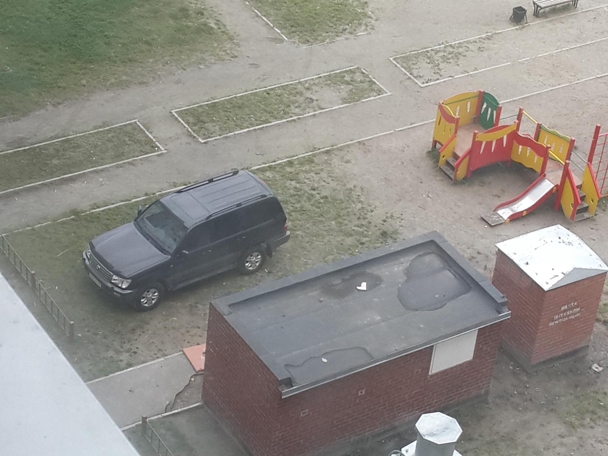 Еще один мастер нестандартной парковки