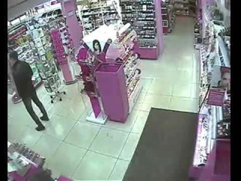 """Драка в магазине """"Подружка"""". г.Орехово-Зуево"""