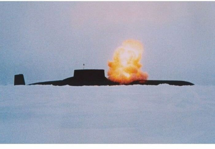 """Гигантская подводная лодка проекта 941 - """"акула"""""""