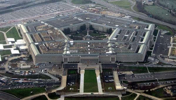 У Пентагона едет крыша.