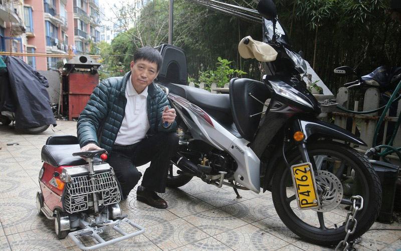 Китаец собрал личный мини-автомобиль