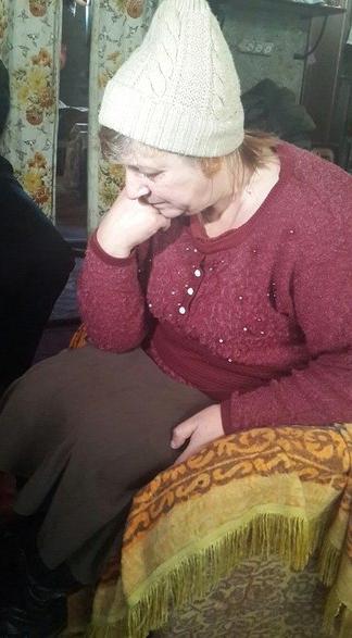 Энергосбыт заставляет бедную бабушку платить за свет, которого нет!
