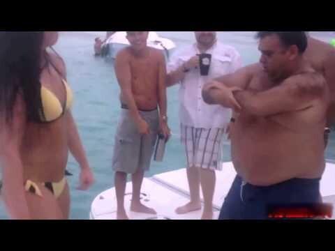 Танцевальная битва на пляже