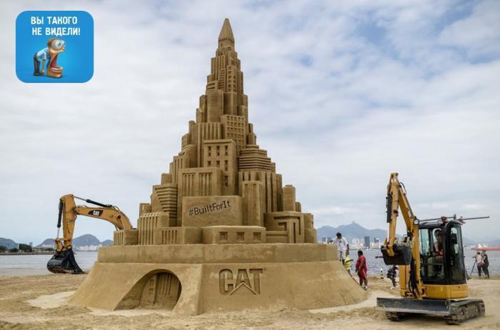 Самый большой в мире замок из песка