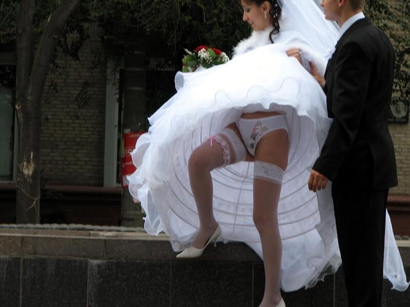 """Веселые"""" кадры со свадьбы"""