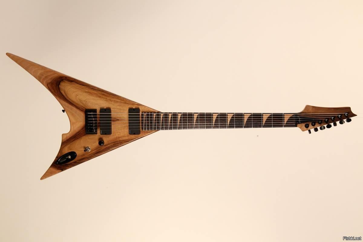 7-струнная гитара 666
