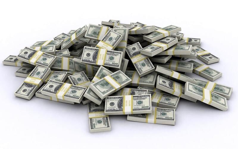 Житель Калифорнии нашел 20 долларов, купил лотерейный билет