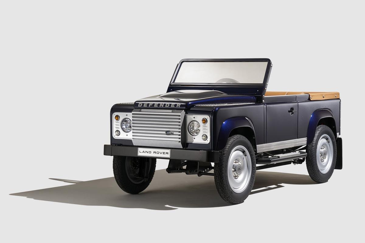 Land Rover Defender с педальным приводом
