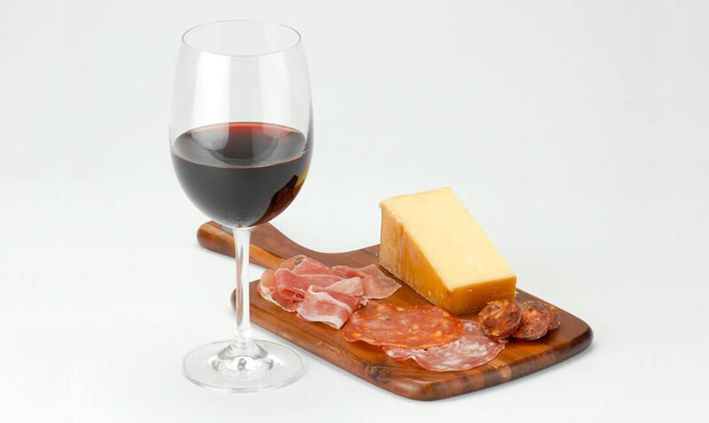 Закуска к вину. Какая еда с каким вином сочетается?