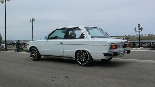 На грани маразма: как из BMW 3 сделать ВАЗ-2106 купе!