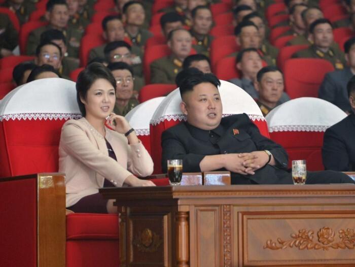 """""""Первая леди ада"""". Красавицы, которых выбирают """"диктаторы"""""""