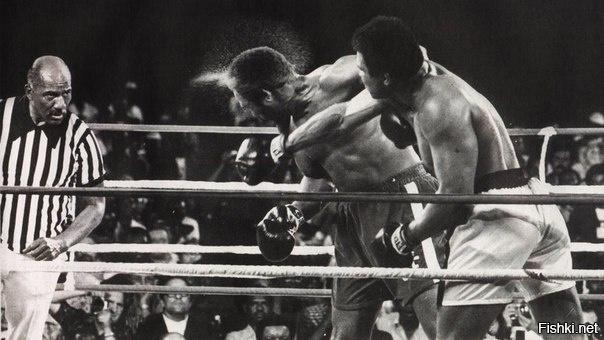 """Грохот в джунглях """": Мухаммед Али против Джорджа Формана, 30 октября, 19..."""