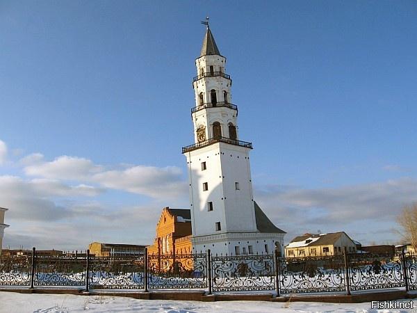 Невьянская падающая башня  расположена в городе Невьянске Свердловской област...