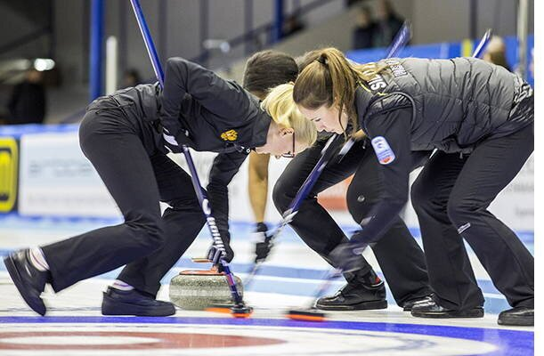 Женская сборная России выиграла чемпионат Европы по керлингу