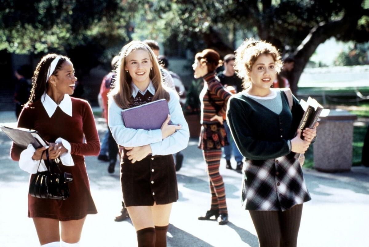 7 вещей из 90-х, которые пригодятся и сегодня