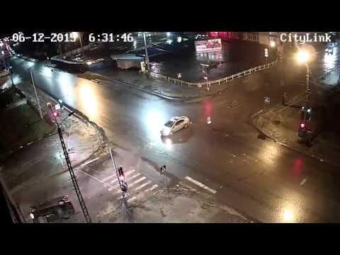 Авария во время погони в Петрозаводске 06 12 2015
