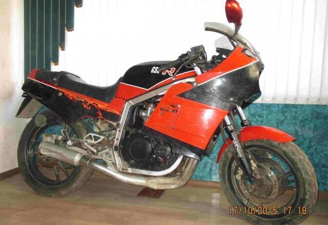 Любитель нерабочей мототехники. GSX-R 400