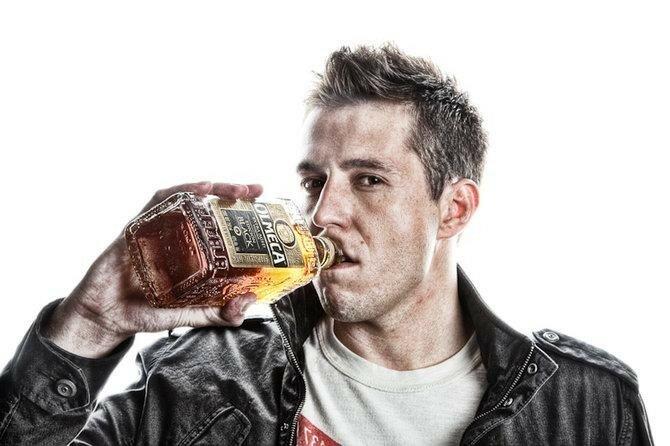 Как узнать алкоголика?