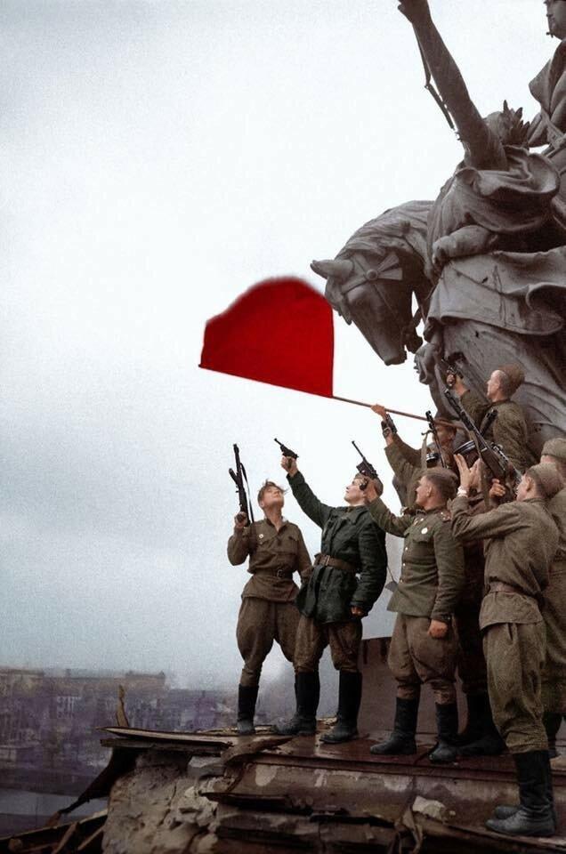 Этот День Победы, порохом пропах