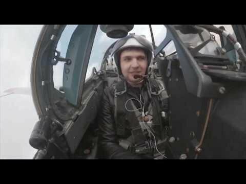 Пилоты ВКС поют «Смуглянку» прямо за штурвалом