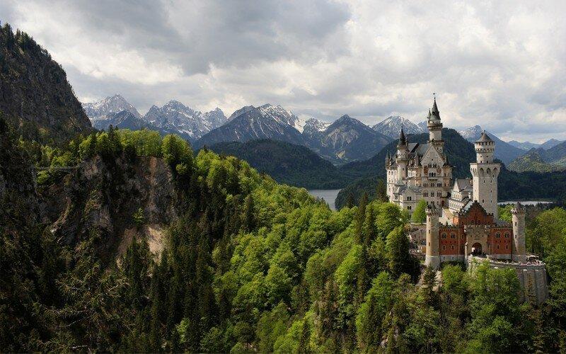 Старые замки, которые сохранились до наших дней