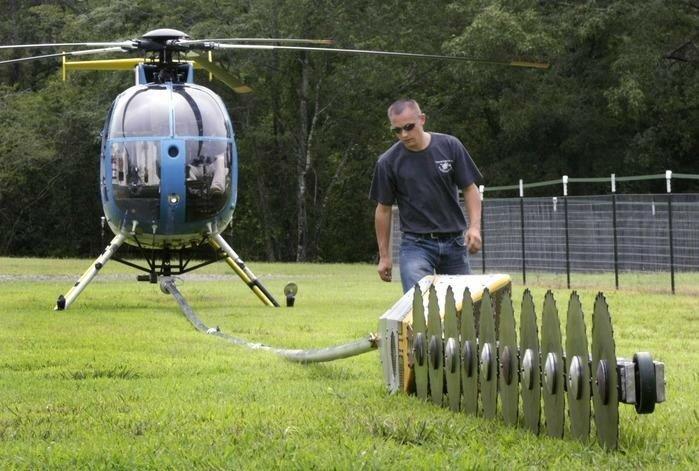 Невероятная обрезка деревьев с помощью вертолета!