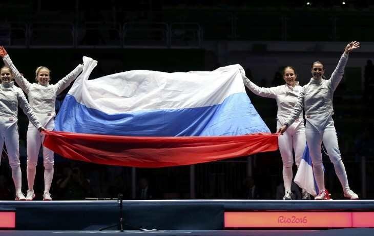 Победа российских саблисток спасла две нации