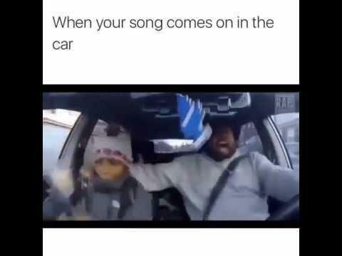 Когда услышал любимую песню в машине