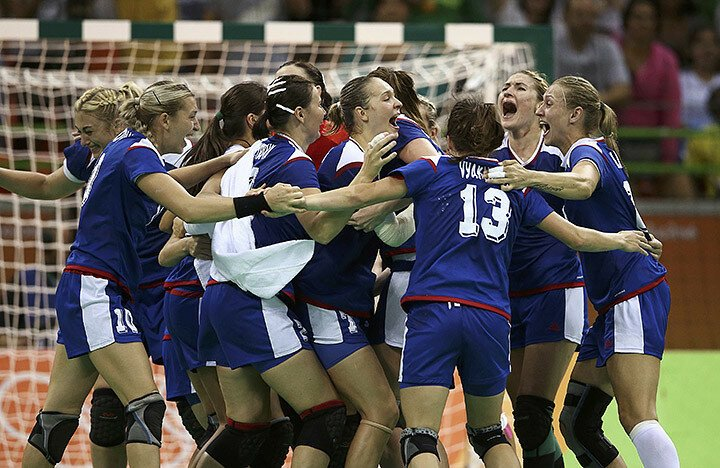 Они это сделали! Российские гандболистки – олимпийские чемпионки!