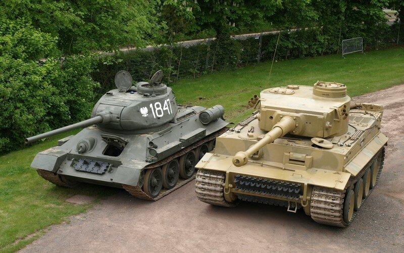 "Танк Т-34 против ""Тигров"" и ""Пантер"""