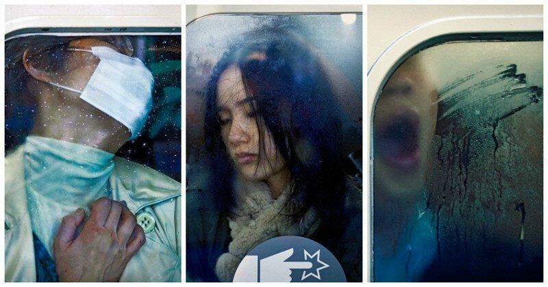 Давка в токийском метро в объективе фотографа