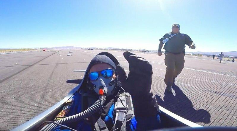 Пилот чуть не потерял голову из-за заглохшего во время взлёта двигателя
