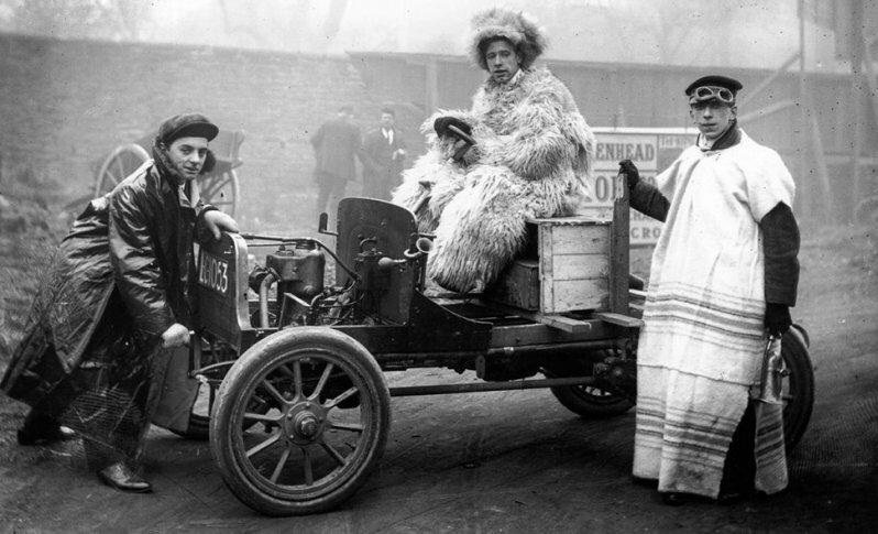 Какую одежду носили первые автомобилисты начала XX века