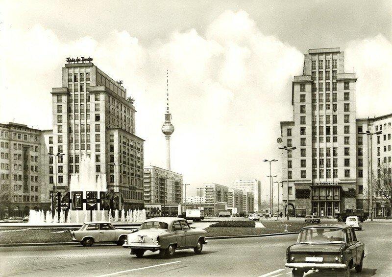 Берлин. Аллея Сталина
