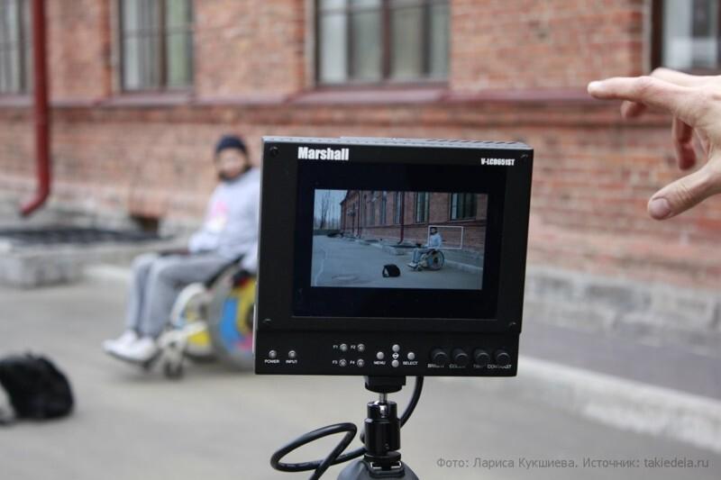 Как режиссер с инвалидностью уходит от тоскливых стереотипов об инвалидах в отечественном кино