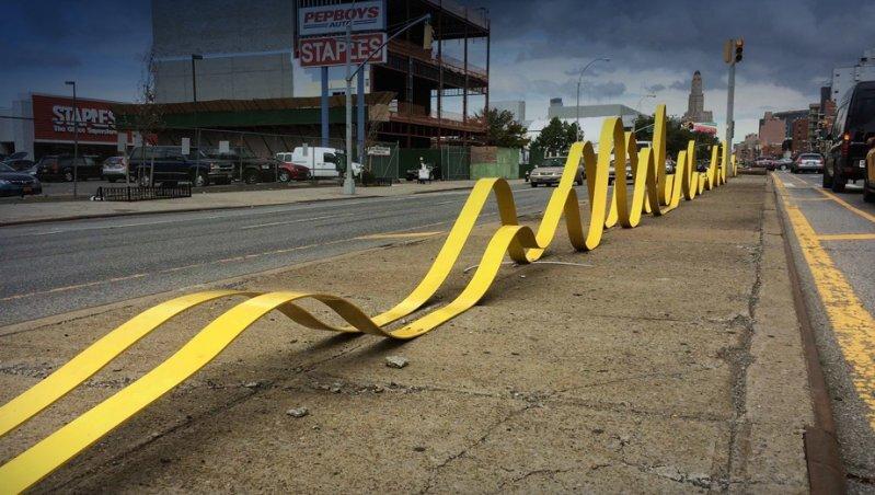 Разметку на российских дорогах хотят сделать желтой