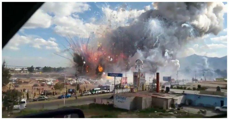Смертельный взрыв на рынке фейерверков в Мексике попал на видео