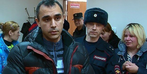 Последние новости. Суд отпустил жителя Новосибирска, осужденного за защиту своей семьи