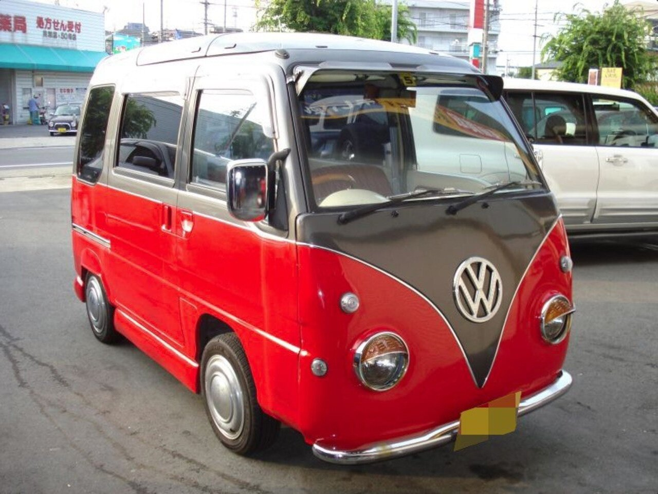 Кей-кар от Subaru превратили в Volkswagen T1