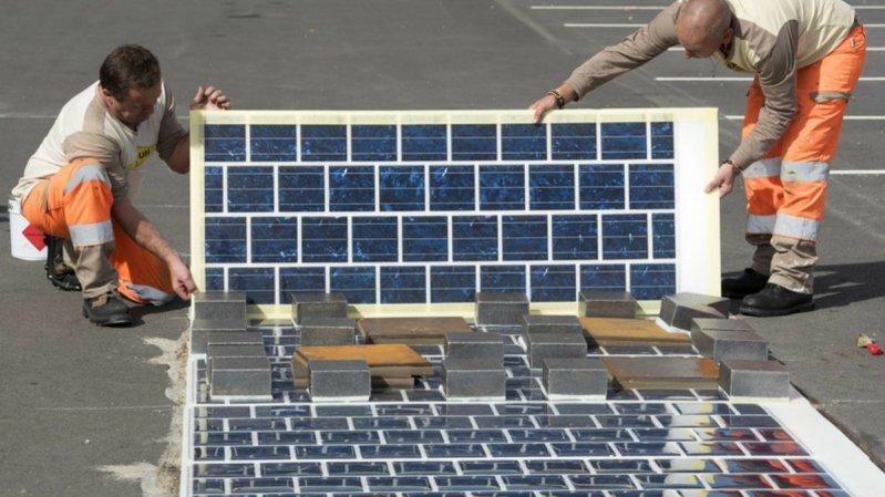 Во Франции начнут строить дороги из солнечных панелей