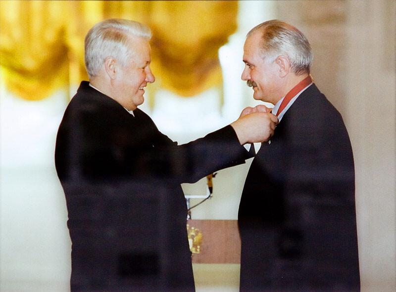 Бесогон против Ельцина.