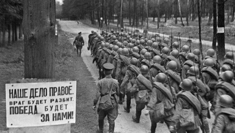 Миллионы сдавшихся солдат: ложь о первых днях войны