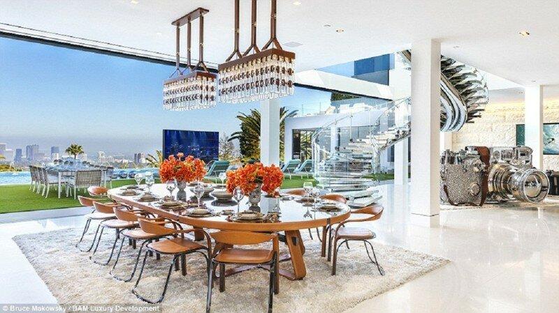 Самый дорогой дом в Америке выставлен на продажу: $250 миллионов - и он ваш!